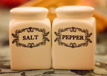 close-up-condiment-container-533363